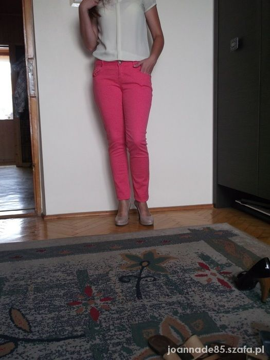 spodnie rurki różowe...