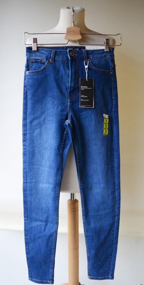 Spodnie Spodnie NOWE Bershka Jeans Wyższy Stan S 36 Dzins