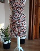 sukienka reserved w kwiaty ołówkowa...