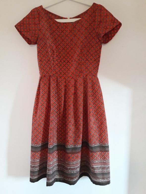 Sukienka Vintage midi ręcznie szyta