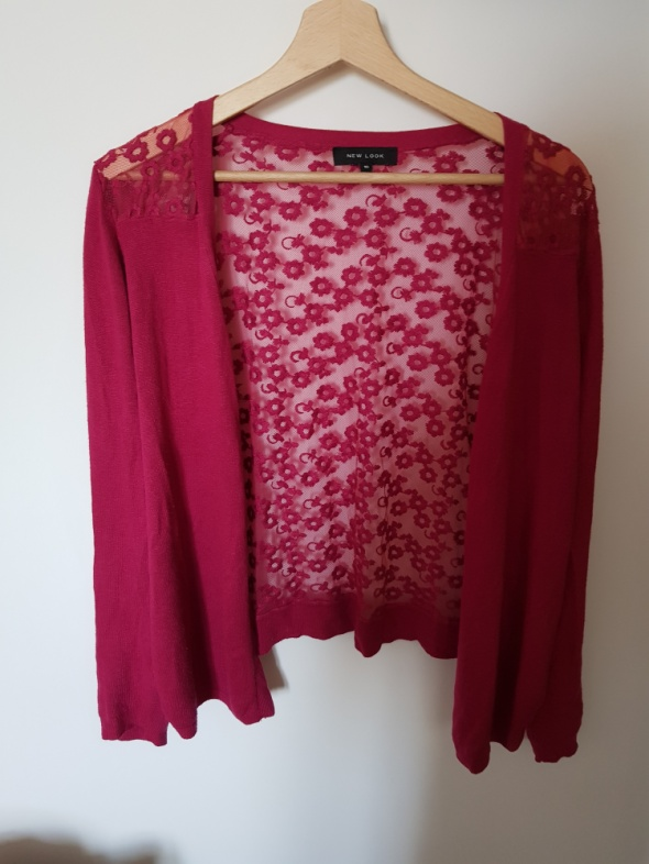 Sweter w kolorze fuksji...
