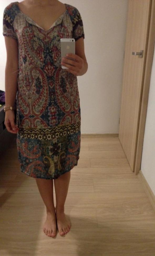 Suknie i sukienki Piękna sukienka PROMOD