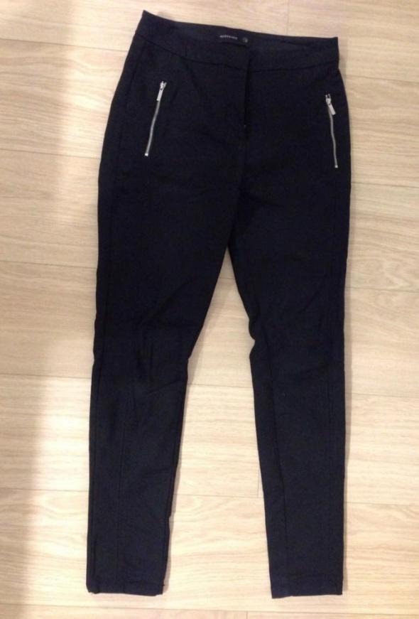 Spodnie Spodnie czarne