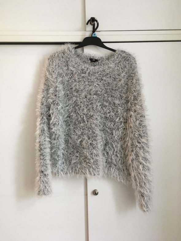 sweter futrzak HM 38...