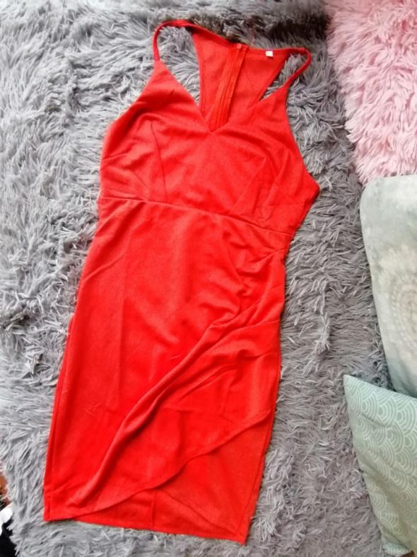 Suknie i sukienki Czerwona suknia z wycięciami S seksi kopertowa dopasowana