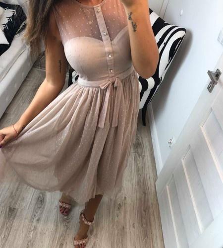 Sukienka beżowa w kropki z guzikami