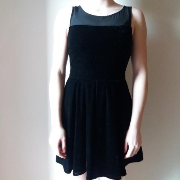 nowa welurowa sukienka sinsay M