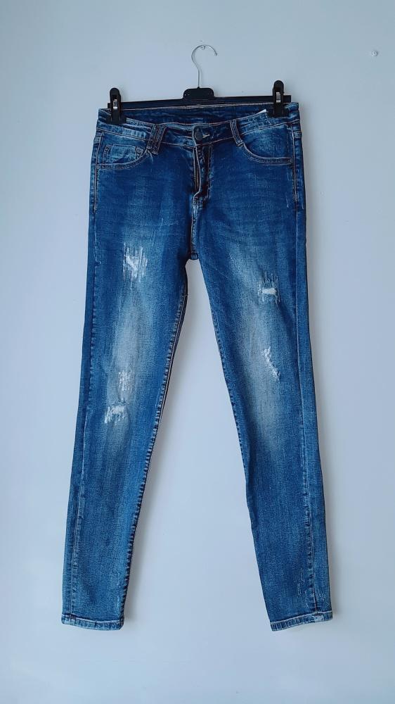 Spodnie jeansy rurki M