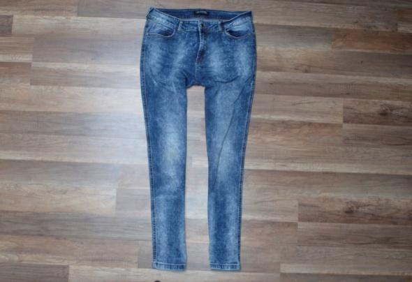 152 TOP SECRET Sposnie Jeansowe rozmiar 42 XL...