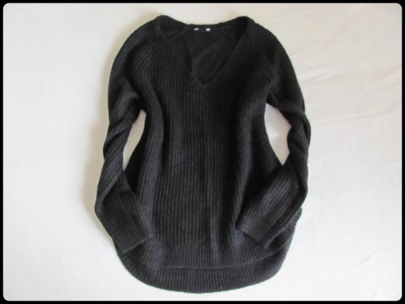 Basic H&M czarny sweter rozmiar L oraz XL...
