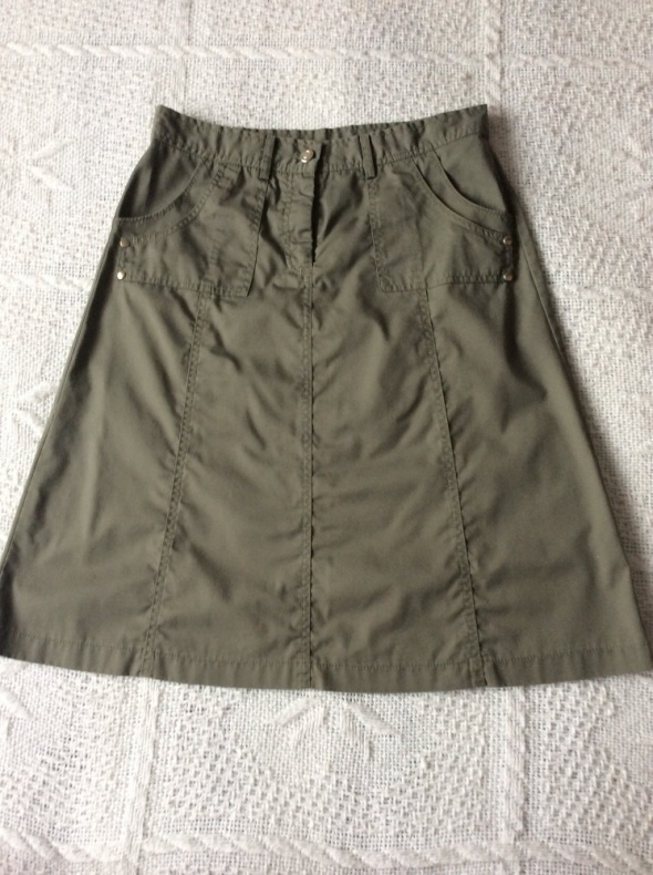 Spódnice Zielona za kolano
