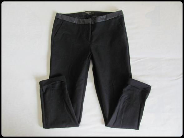 Spodnie RESERVED rozmiar 40 spodnie czarne damskie w świetnym stanie