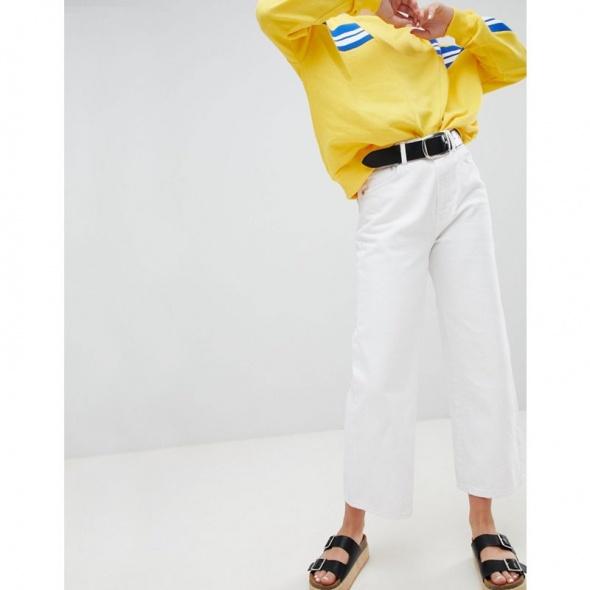 Spodnie Pull&Bear białe jeansy z wysokim stanem