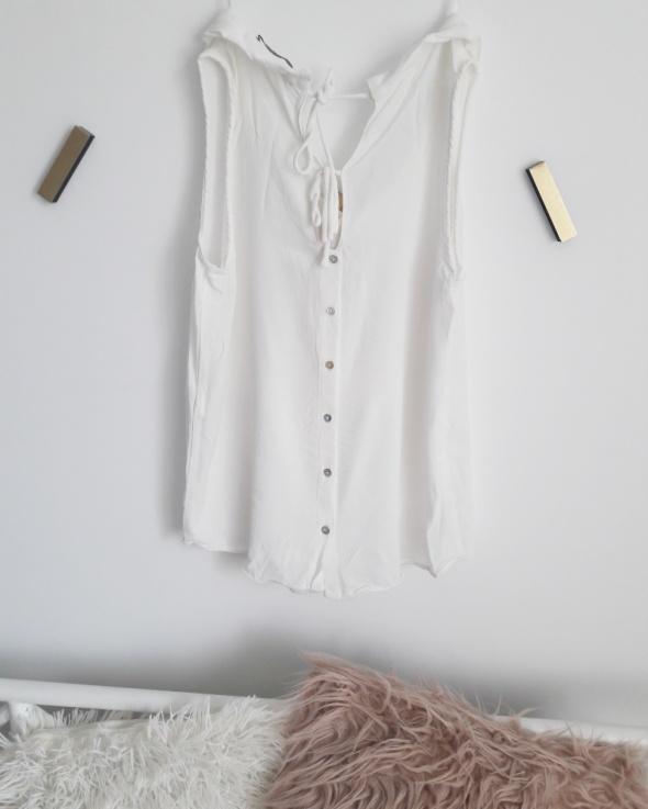 Bluzka Zara ciekawy tył...