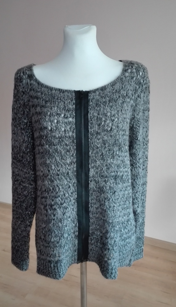 sweter rozpinany...
