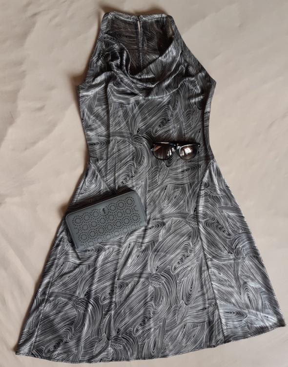 Elegancka sukienka rozm S...