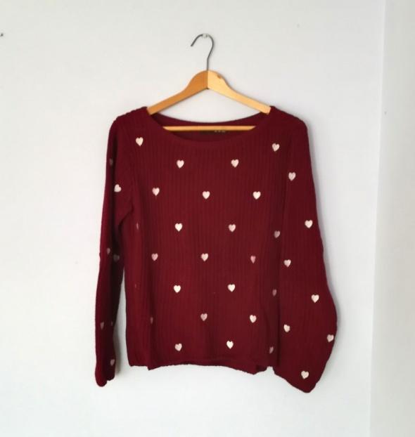 Bordowy sweter w serduszka Atmosphere