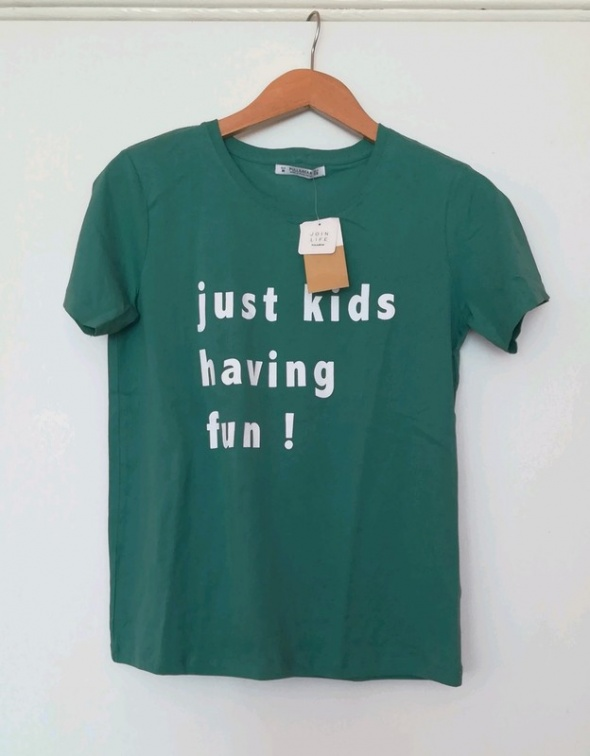 Zielony t shirt Pull&Bear