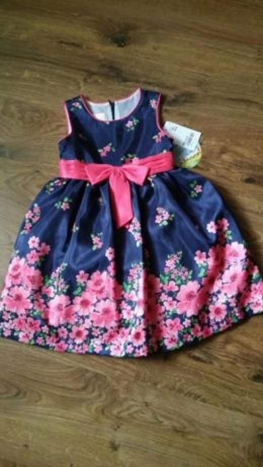 Nowa sukienka kolorowa 98