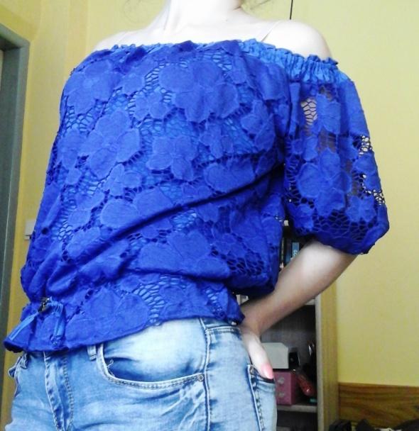Bluzki Niebieska hiszpanka