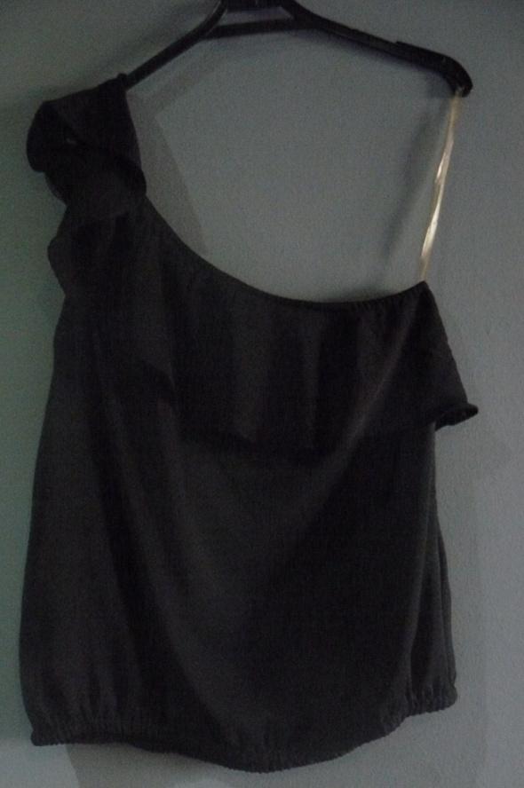 Kobieca czarna bluzka...