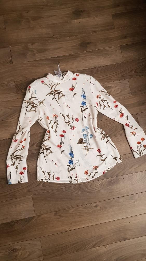 Bluzka Warehouse r 38 biała kwiaty