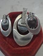 Komplet eleganckiej srebrnej biżuterii zawieszka oraz kolczyki ...