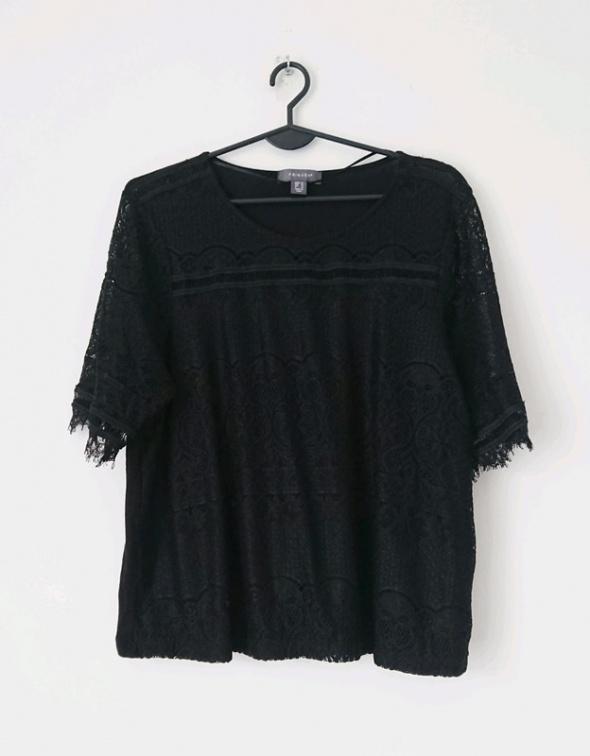 Primark czarna koronkowa koszulka