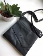 stylowa czarna torebka vintage...