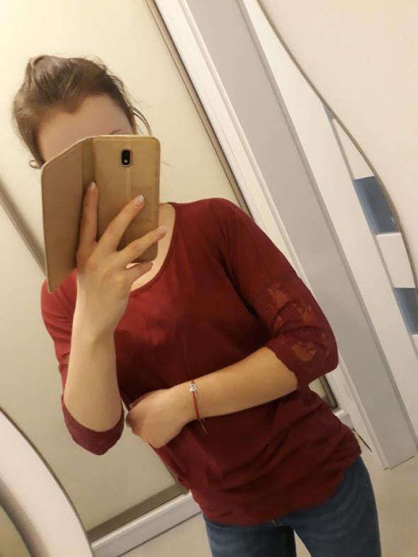 Bluzka bordowa z koronkowymi rękawami butik