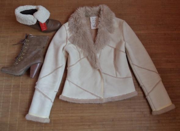 Biały kożuszek