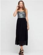 Piękna sukienka długa maxi