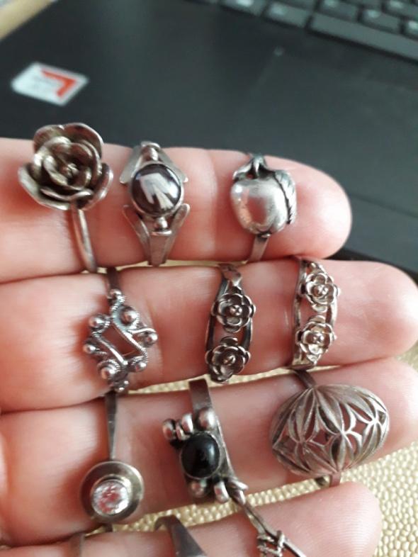Mix pierścionków