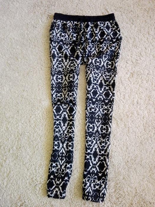 Spodnie spodnie alladynki luźne lato czarnobiałe XS S