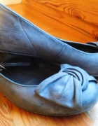 Niebiesko szare czółenka 36 S but skórzane mały obcas...