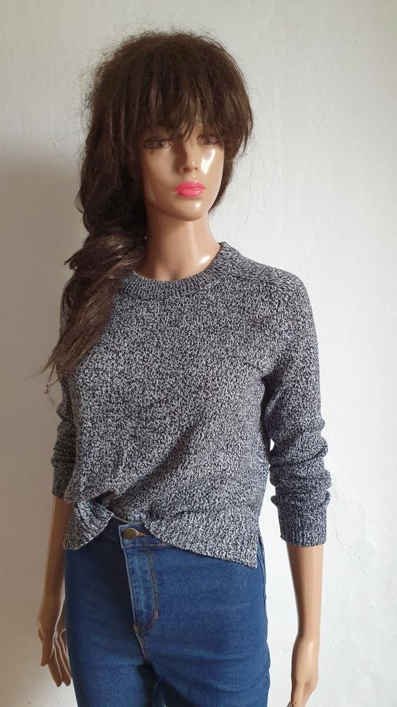 Dopasowany sweterek r XS