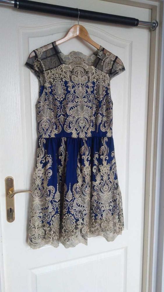 Koronkowa sukienka 38 40