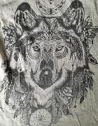 Koszulka z wilkiem...