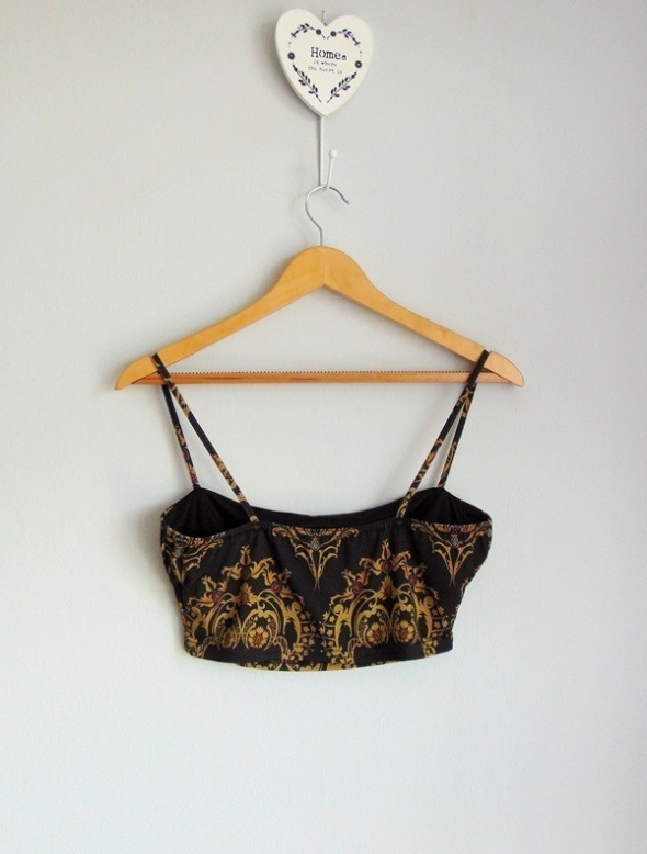 Top Missguided top cropped we wzory