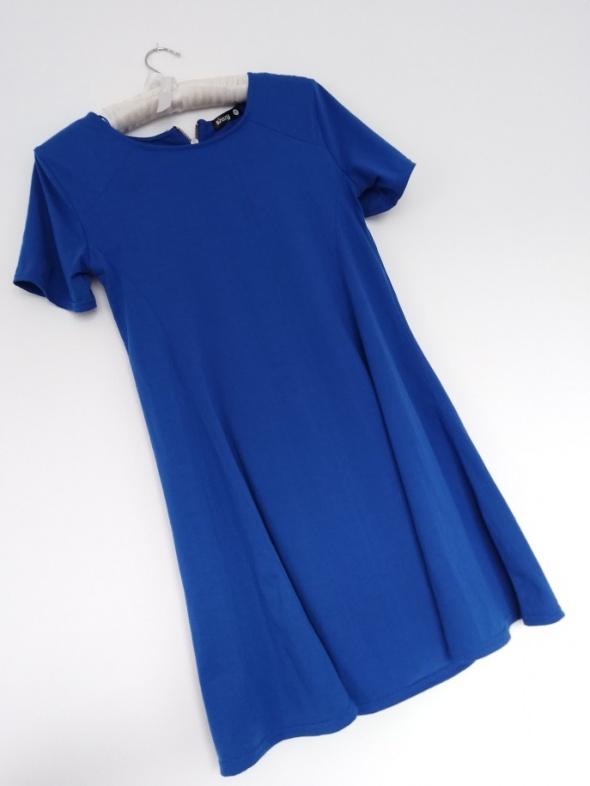 Suknie i sukienki sukienka trapezowa Sinsay