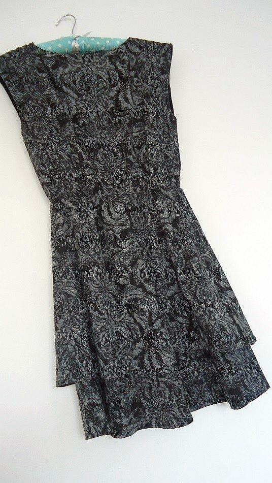 Suknie i sukienki sukienka falbany H&M