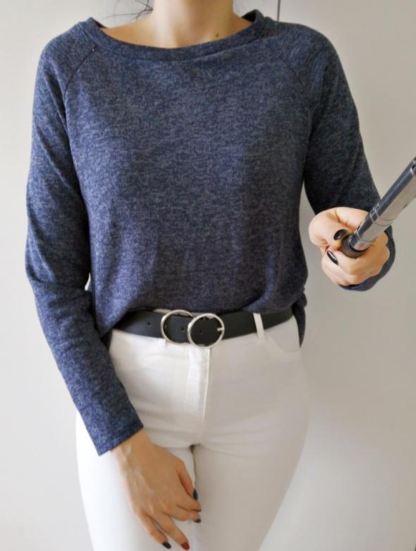 Sweterek damski z koszulą granat uniwersalny