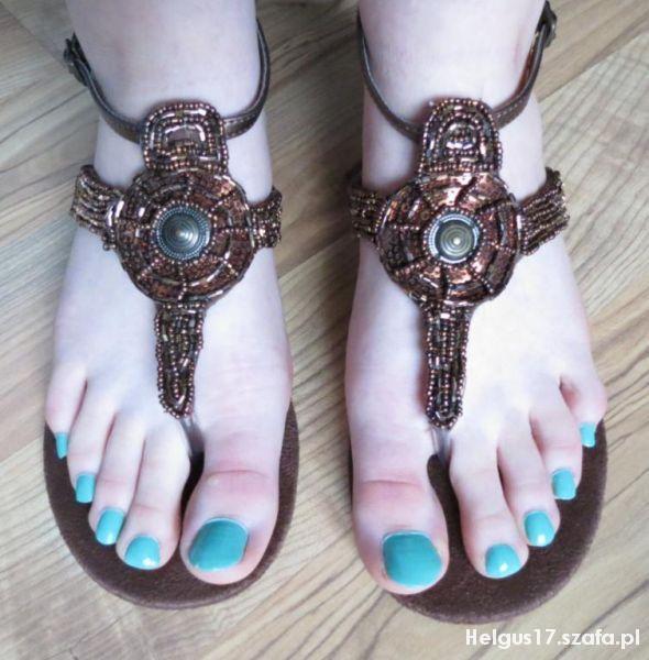 Sandały Nowe sandały