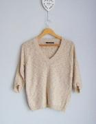 ZARA beżowy dzianinowy sweter V neck...