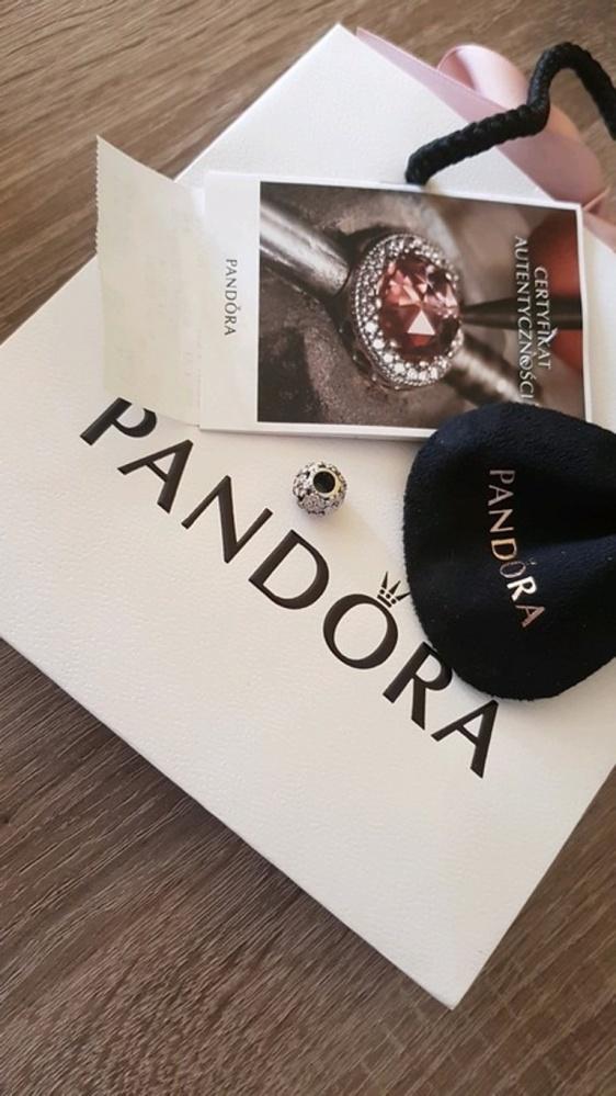 Charms różowa łąka pierwiosnków Pandora...