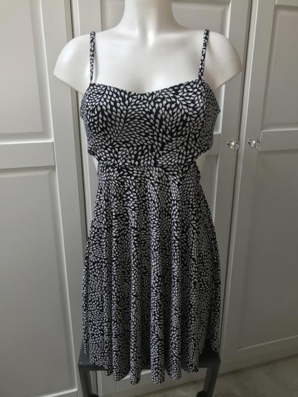 Sukienka na ramiączkach biało czarna...