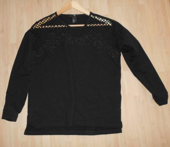 HM czarna bluza dresowa ażurowa wstawka