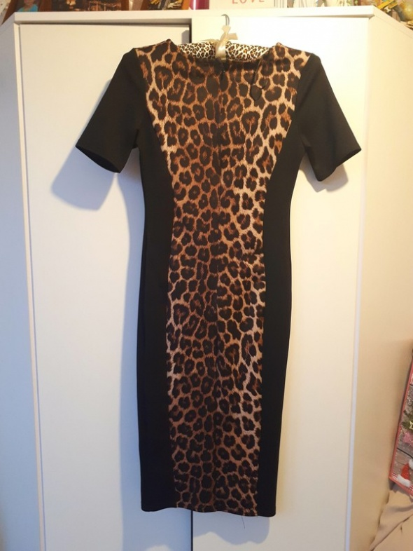 Suknie i sukienki New Look midi jak nowa
