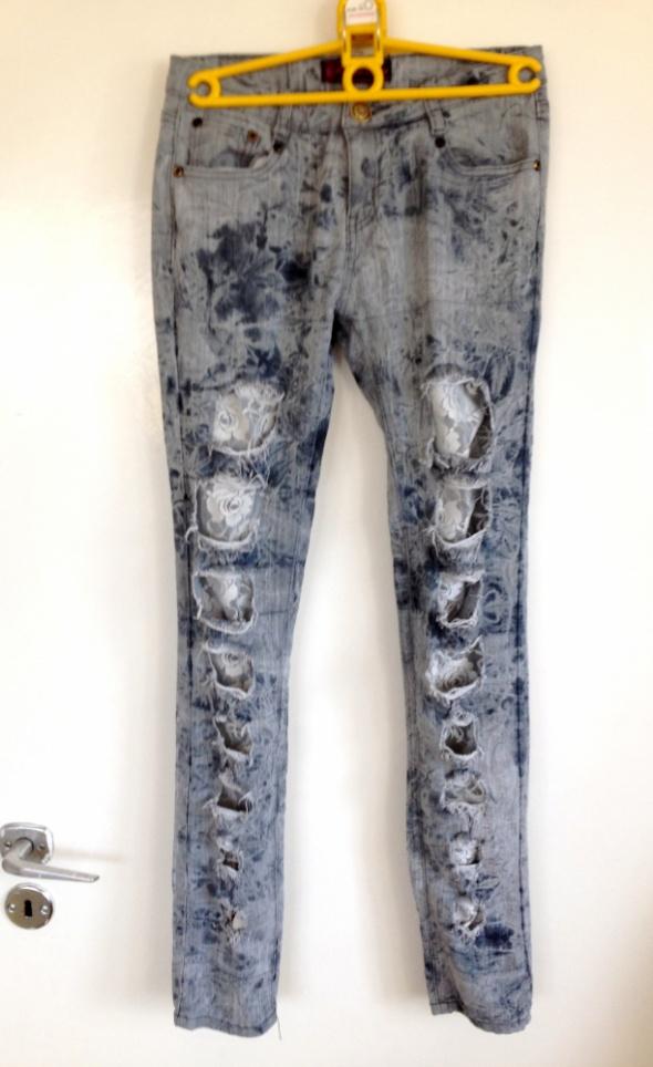 Rurki marmurki koronka dziury modne używane uszkod...