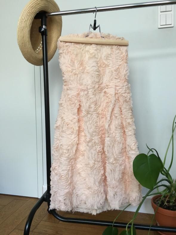 pudrowa sukienka Zara bez ramiączek XS...